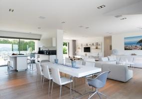 6 Bedrooms, Villa, Vacation Rental, 6 Bathrooms, Listing ID 1998, Les Salins, France, Europe,