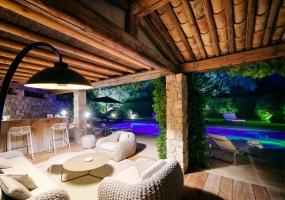 5 Bedrooms, Villa, Vacation Rental, 4 Bathrooms, Listing ID 1999, France, Europe,