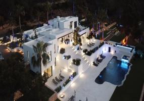 6 Bedrooms, Villa, Vacation Rental, 6 Bathrooms, Listing ID 2002, Europe,
