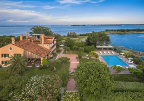 9 Bedrooms, Exclusive Collection, Vacation Rental, 9 Bathrooms, Listing ID 2245, Venice, City of Venice, Province of Venice, Veneto, Italy, Europe,