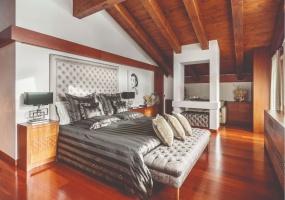 4 Bedrooms, Chalet, Vacation Rental, 4 Bathrooms, Listing ID 2352, Province of Belluno, Veneto, Italy, Europe,