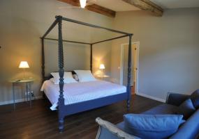 6 Bedrooms, Villa, Vacation Rental, 5 Bathrooms, Listing ID 1190, Saint-Remy-de-Provence, France, Europe,