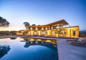 8 Bedrooms, Villa, Vacation Rental, 8 Bathrooms, Listing ID 1391, France, Europe,