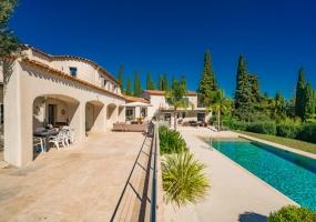 6 Bedrooms, Villa, Vacation Rental, 6 Bathrooms, Listing ID 1432, France, Europe,