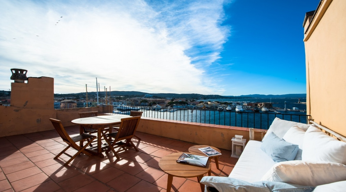 2 Bedrooms, Apartment, Vacation Rental, 2 Bathrooms, Listing ID 1523, Saint-Tropez, French Riviera - Cote d\'Azur, France, Europe,
